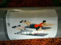 *BRAND NEW* 2 DOMYOS PILATES, COMFORT FITTNESS MATS FROM DECATHALON £10 EACH