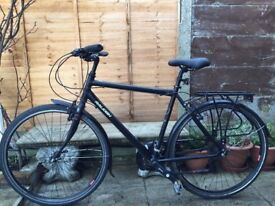 Raleigh Pioneer 2 Hybrid Bike - STUNNING CONDITION LIKE BRAND NEW