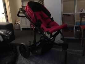 Britax B-Smart pushchair with warm cosy-toes