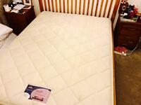 King size Silentnight miracoil3 Supreme mattress...bargain at £75...RRP£300!
