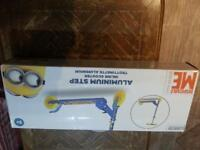 new.. DESPICABLE ME.. INLINE SCOOTER