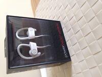 New Unused: Powerbeats2 Wireless Headphones