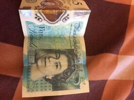 I would like to sell my £5 note series AK47. Ready for bargain. Don't hesitate to contact.thank you