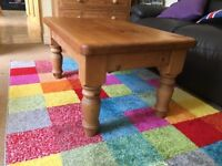 FOR SALE - NATURAL WOOD COFFEE TABLE (VERY STURDY)
