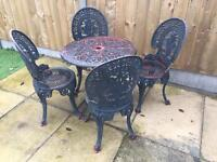 Aluminium garden table and four chairs