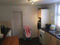 Excellent 1 bedroom unfurnished flat - Available from Jan'18
