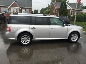 2009 Ford Flex SEL Loaded; Leather and More !!!! London Ontario image 6