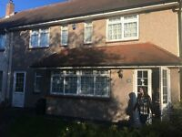 Excellent opportunity to rent this four bedroom terraceHouse in Newbury Park.