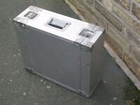 4U RACK FLIGHTCASE - SOLID/SWISS MADE