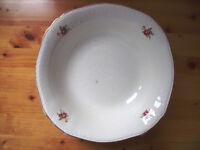 Vintage large dish/bowl – off-white background/gilt band at rim, decorated with 4 small posies.