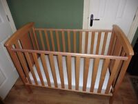 KATIE SOLID BEECH WOODEN COT WAS £179.99 US EXCELLENT CONDITION BARGAIN AT £50 ALSO WITH MATTRESS