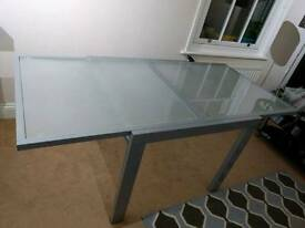 Dining Table - Extendable - Glass & Steel