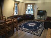 3 Bedrooms Flat in Marble Arch, W1H 5AQ
