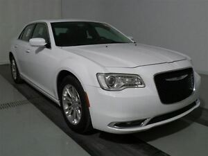 2016 Chrysler 300 Touring*Toit Panoramique, Navigation*