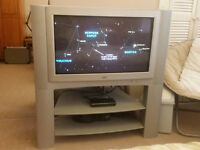 JVC 32 inch colour TV (old style)