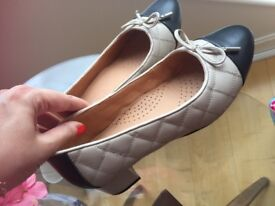 CARVELA LEATHER BALLERINAS LOVELY CONDITION