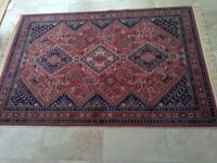 Persian style traditional pattern wool rug 2.4m x 1.7m (carpet C)