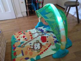 Bright starts safari light and sound playmat