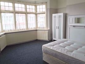 double room available in luton
