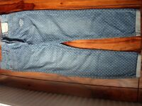 BRAND NEW Womens jeans