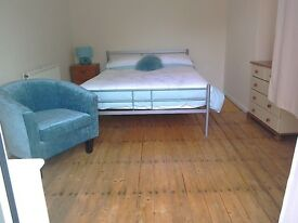lge single room in clean shared house off Abingdon.