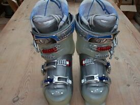 Tecnica Attiva UltraFit Women's Ski Boots Size: UK 6.5. Excellent Condition