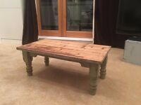 Coffee Table - Vintage (wooden - small size)