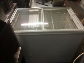 Ice Cream Freezer White 2 Glass Topped Sliding Doors,Very Good Clean Working Condition £250