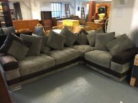NICE LARGE CORNER SOFA IN BEIGE AND BROWN