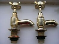 Set of Gold-Coloured Bathroom fittings