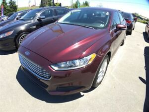 2013 Ford Fusion SE - Cruise - Power Seat - Low kms