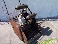 1930s Vintage Atco Deluxe two stroke lawn mower kick start - running