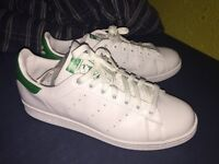 Stan Smith Adidas New size 9.5/44 white/green