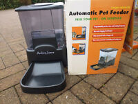 Andrew James Automatic Pet Feeder. In Excellent Condition in Original Box with Instructions