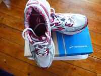 Women's Brooks Trainers UK size 6 White/Silver/Port/Scarlet
