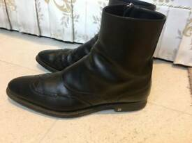 Luxurious Louis Vuitton mens black leather boots, 43 / uk9, RRP £820, priced to sell