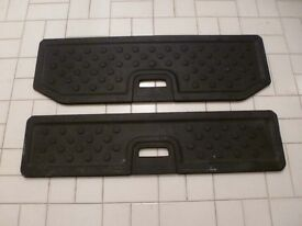 Pair of rear boot shelves for Nissan Note (2007)
