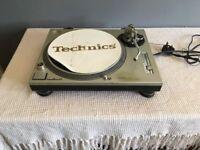 Technics SL 1200MK2 - Used but decent condition