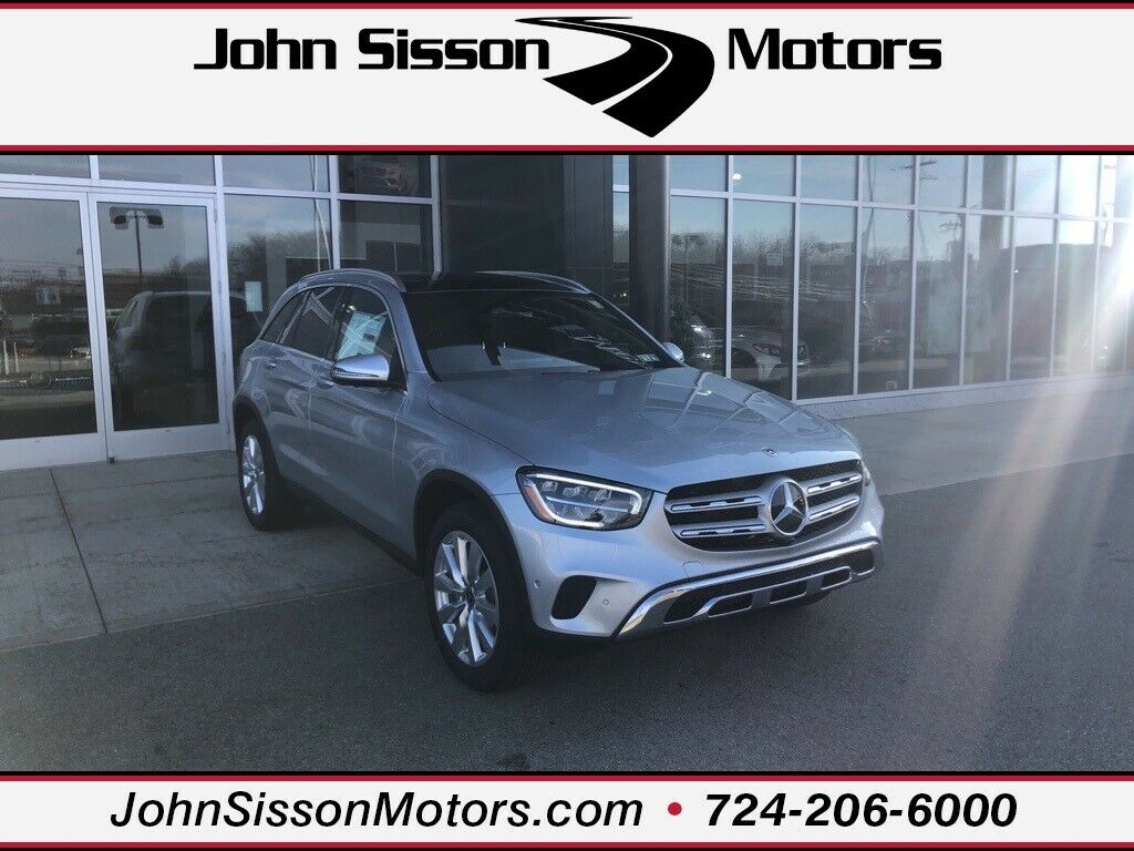 Cirrus Silver Metallic Mercedes-Benz GLC with 7 Miles available now!