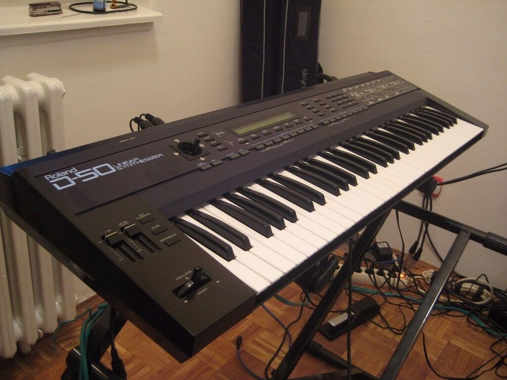 roland d 50 classic 80s synth midi controller keyboard synthesizer michael jackson shoreditch. Black Bedroom Furniture Sets. Home Design Ideas
