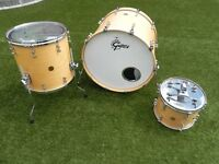 Gretsch New Classic Maple Drum Kit - Satin Natural finish with protection racket cases