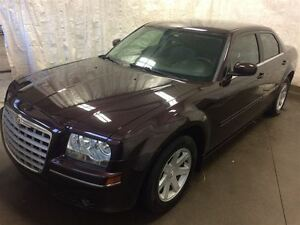 2005 Chrysler 300 Base