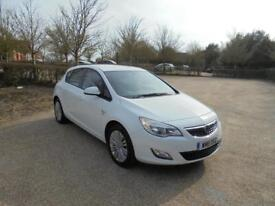 Vauxhall Astra Excite 5dr (white) 2011
