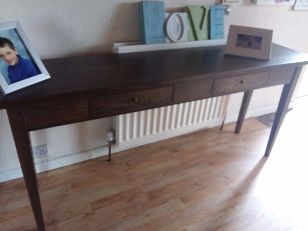 Console table dressing table in pristine condition i can for Dressing table long