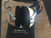 Pioneer Stereo Headphones SE-50