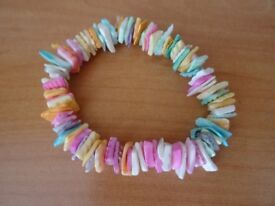 LADIES PASTEL COLOURED SHELL BRACELET - PERFECT CONDITION