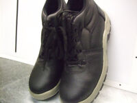 Black Safety Boots New in Box Size 9