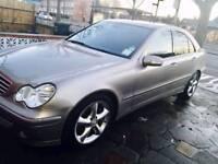 Mercedes Benz c class c220 cdi Avantgarde 2006. (Not BMW, Audi Honda, Nissan or Toyota)