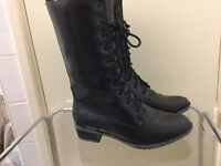 Brand new leather boots in very good condition