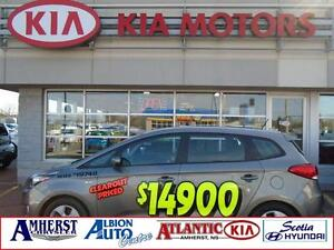 2014 Kia Rondo LX Heated Seats / Bluetooth